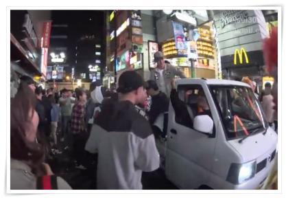 渋谷ハロウィン軽トラ