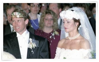 コマネチ結婚